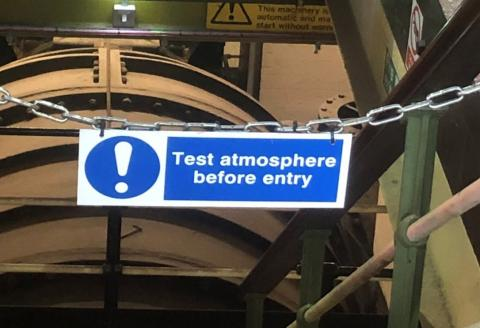 "Notice ""Test atmosphere before entry"""
